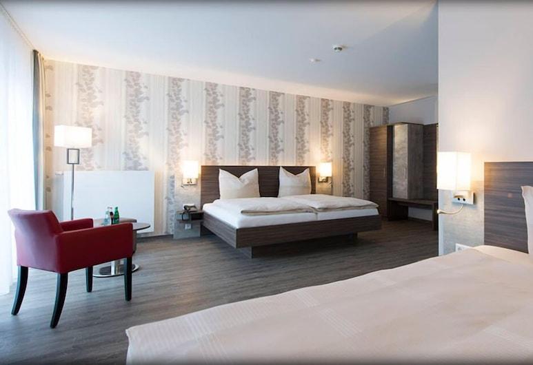 Hotel Westermann, Osnabrueck, Triple Room, Guest Room