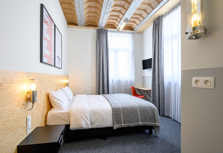 Hotel La Grande Cloche, Brussels, Double Room, City View, Guest Room