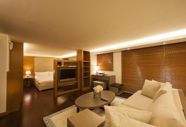京站二館國際飯店式公寓, 台北市