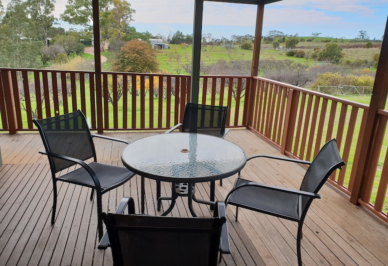 Taralee Orchards, Wirrabara, Cottage, 2 Bedrooms (Ruby), Balkoni