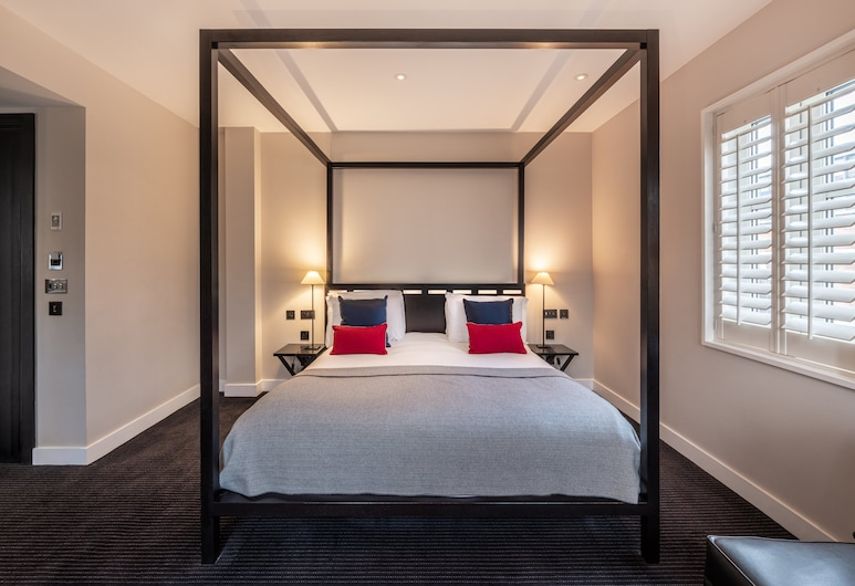 The Resident Soho, London, Deluxe Double Room, Guest Room
