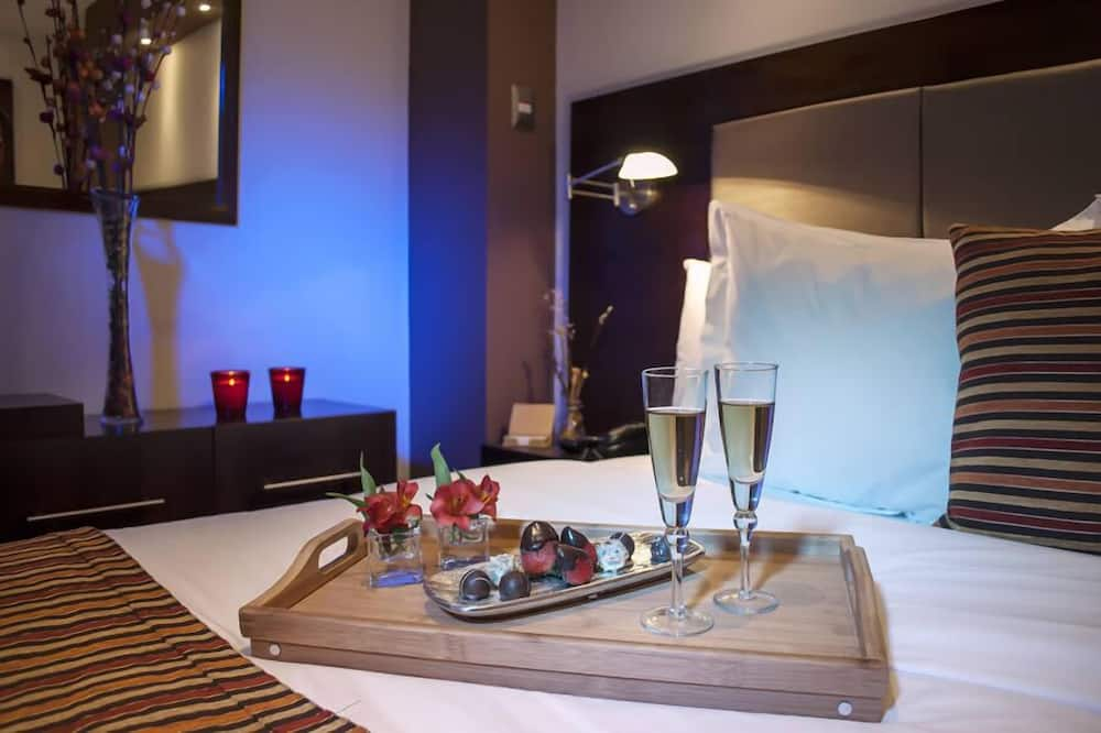 סוויטה, אמבט זרמים - חדר אורחים