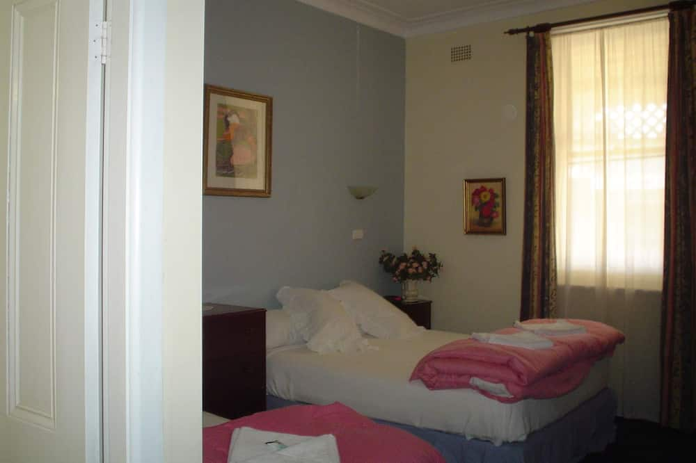 Balcony Room with Ensuite (Twin) - Guest Room