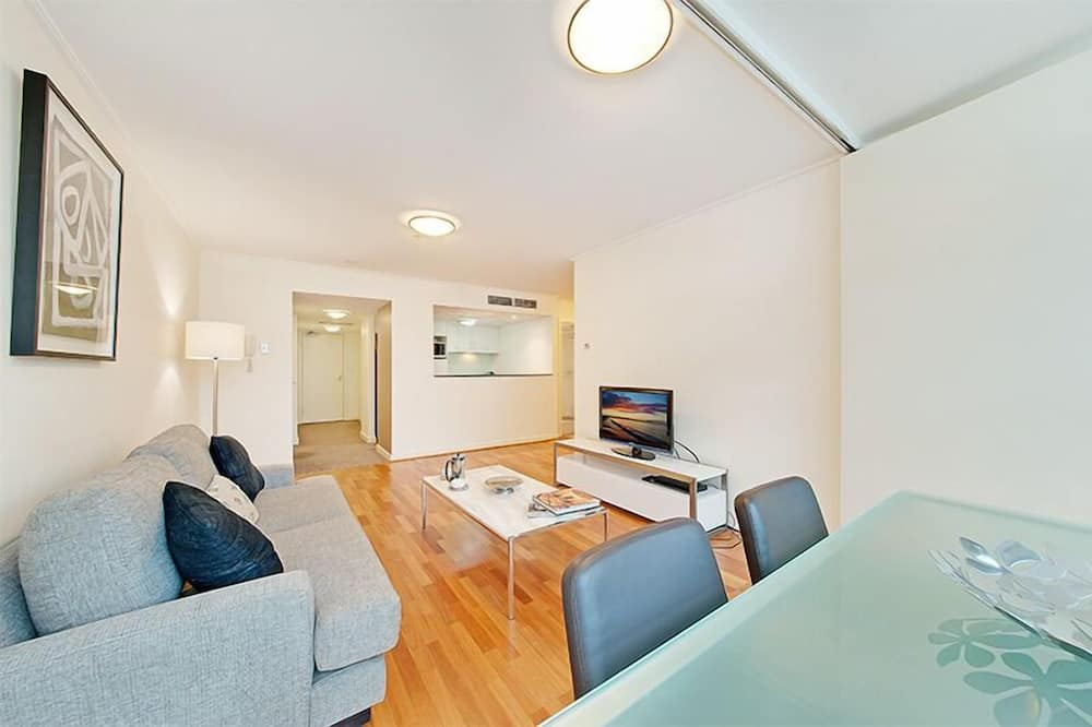 One Bedroom Executive Apartment - Living Room