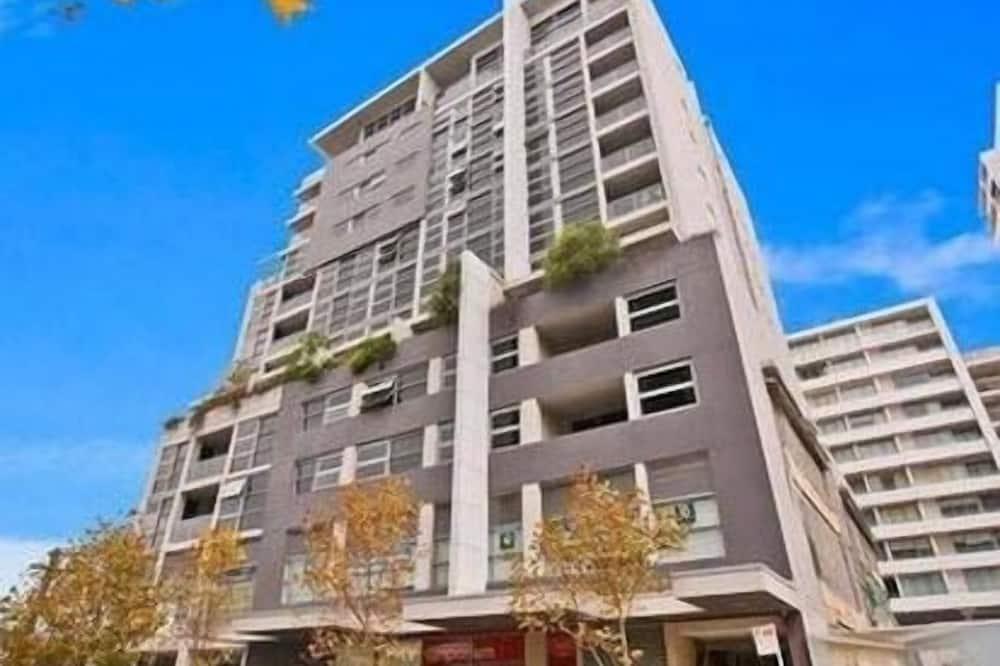 Wyndel Apartments - Nexus