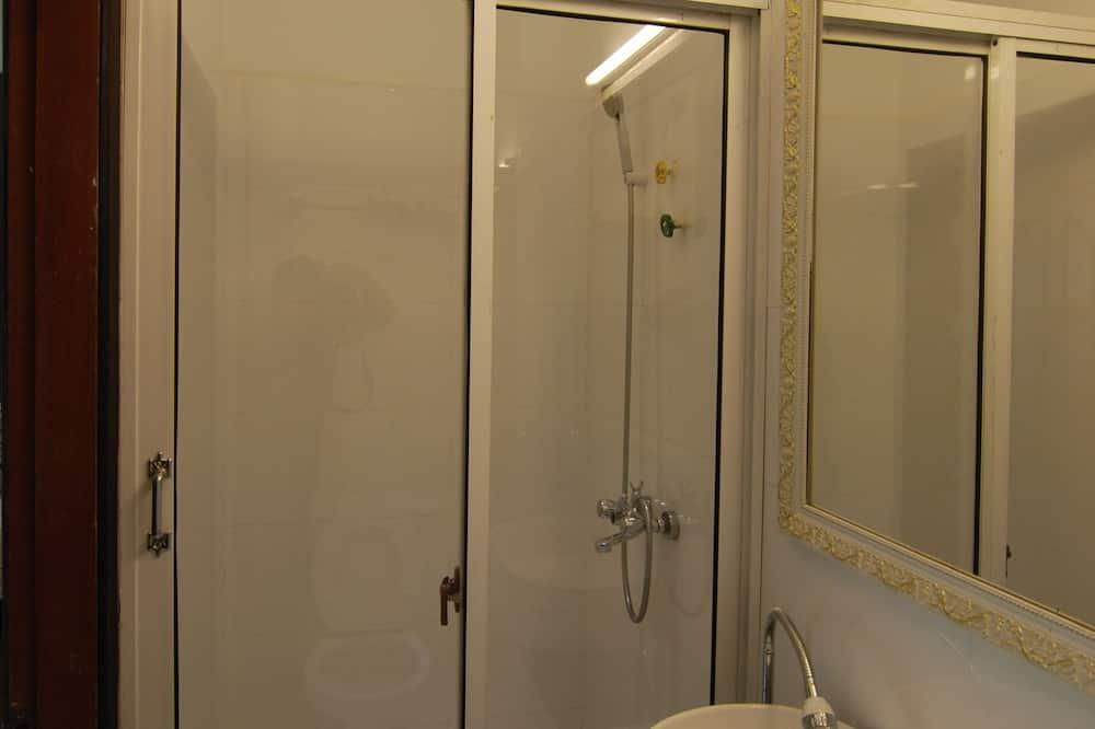 Superior Suite, River View - Bathroom