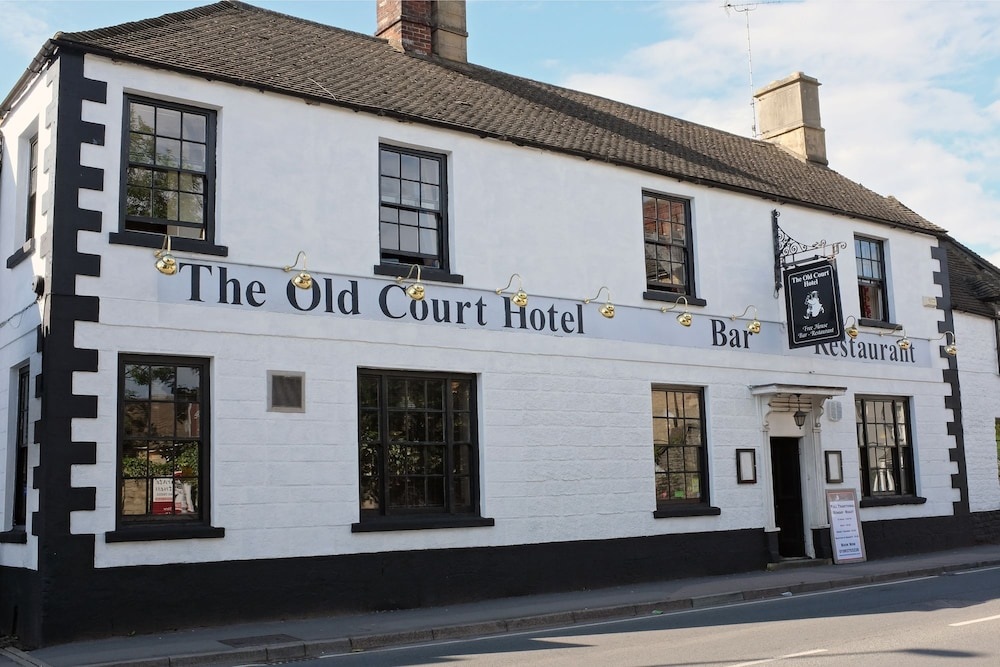 The Old Court Hotel Witney