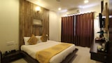 Hotel , Shirdi