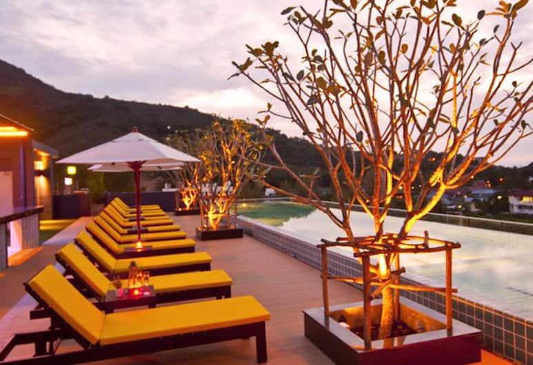 Ratana Apart-Hotel at Kamala, Kamala, Sunčalište