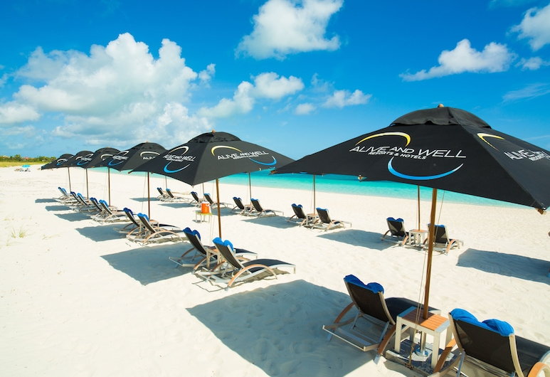One On Marlin – Adults Only with Butler Service, Providenciales, Pantai