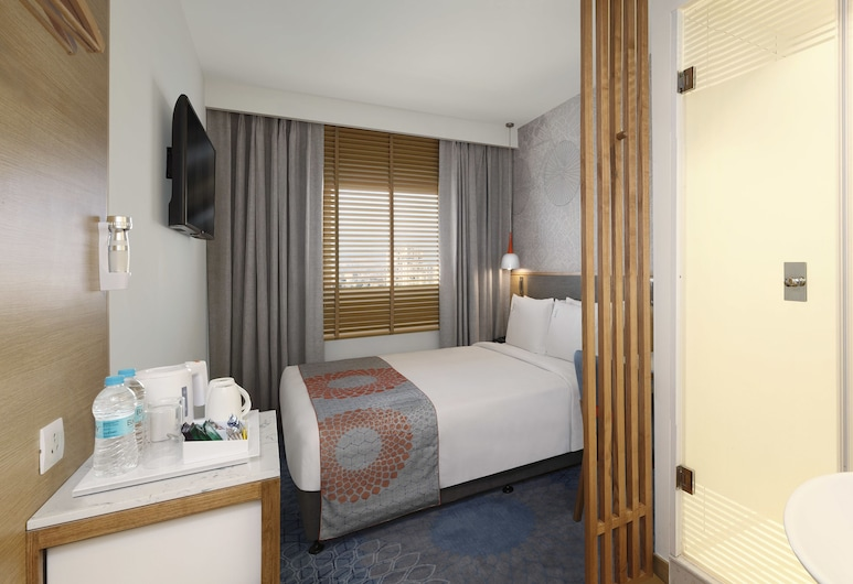 Holiday Inn Express Bengaluru Whitefield Itpl, Bengaluru, Room, 1 Queen Bed, Accessible, Non Smoking, Guest Room
