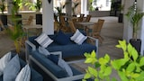 Choose This Mid-Range Hotel in Flic-en-Flac