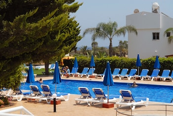 Enter your dates to get the Protaras hotel deal