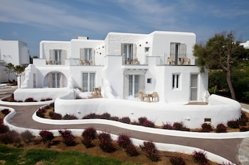 Picture of Golden Sun Hotel in Naxos