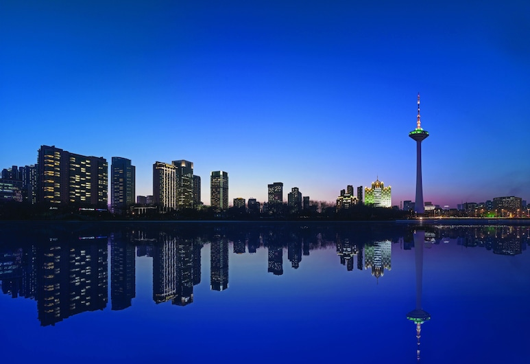 Shangri-La Hotel, Shenyang, שן-יאנג, סוויטת אקזקיוטיב, 2 מיטות יחיד, נוף מחדר האורחים