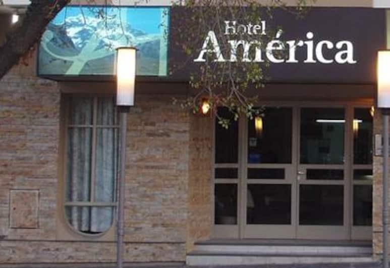 Hotel América, Mendoza