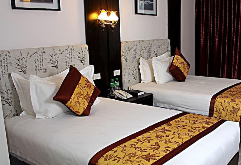 Lido De Paris Hotel, Manila, Junior Suite, Guest Room