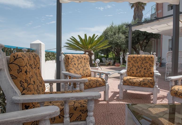 Hotel Umberto, Ricadi, Garden