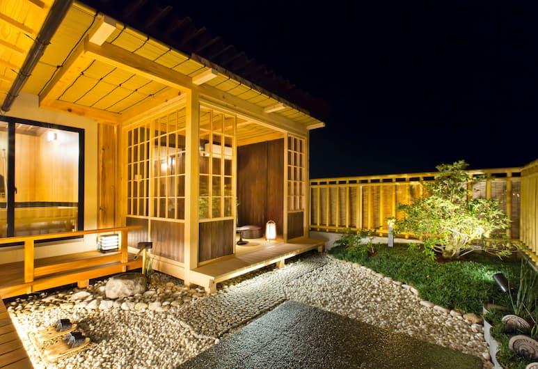 新若狹酒店, 奈良, 豪華客房, 露台, 山景 (with Panoramic Bath Room), 陽台