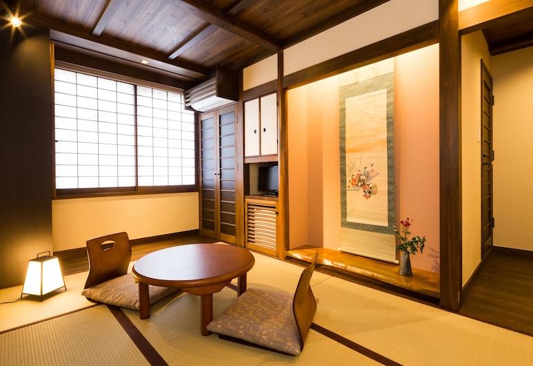 Matsubaya Ryokan, Kyoto, Japanese-style Standard Twin Room with Shower, In-Room Dining