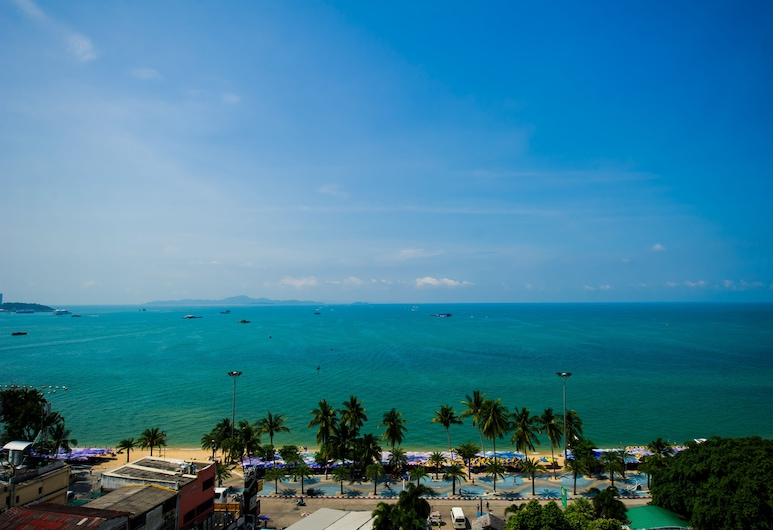 Hotel Selection Pattaya, Pattaya, Beach