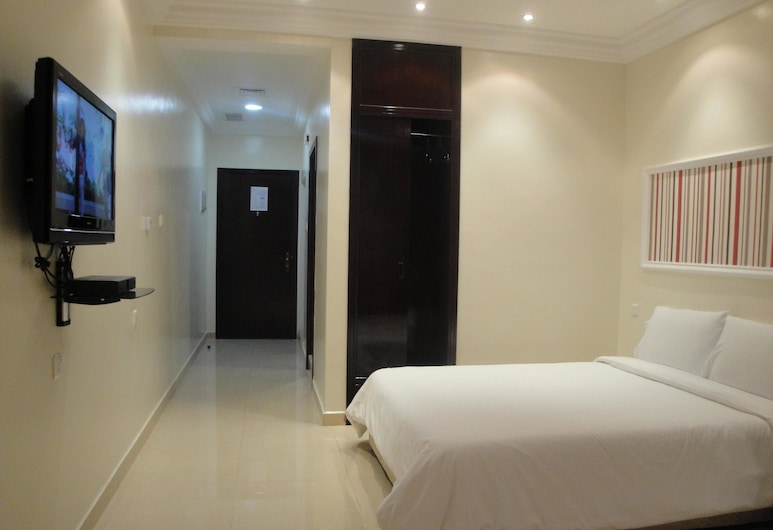Marina Royal Hotel Suites, Salmija, Pokoj