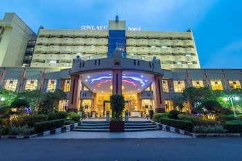 Picture of Sunlake Hotel in Jakarta