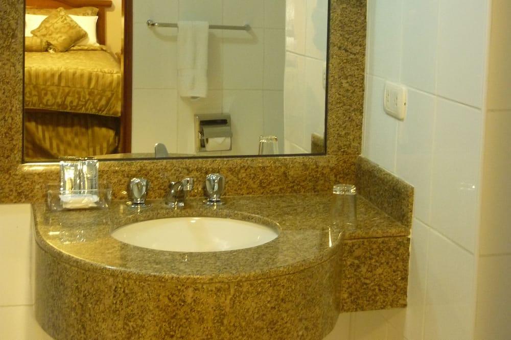 Habitacion Quadruple (4 camas Individuales) - Kamar mandi