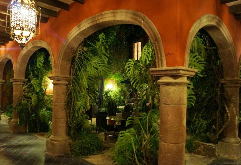 Casaluna Hotel Boutique, San Miguel de Allende, Cortile