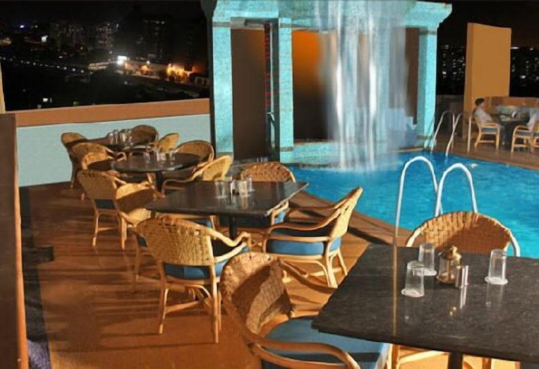 Hotel Karl Residency, Mumbai, Buitenzwembad