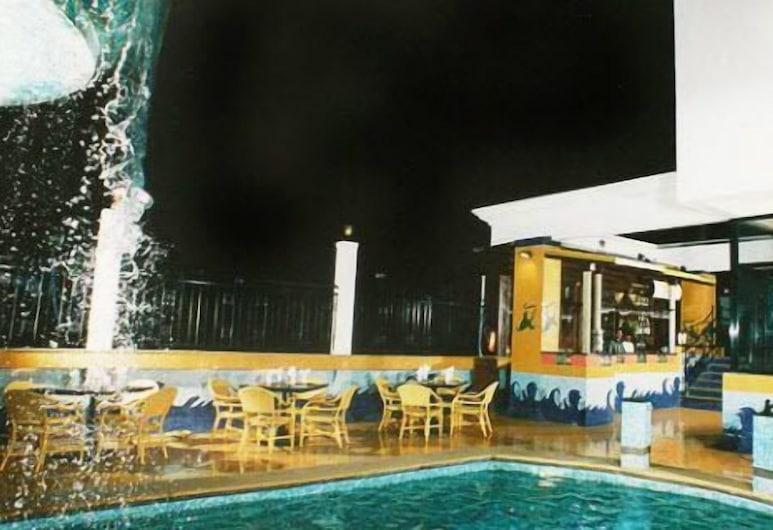 Hotel Karl Residency, Mumbai, Outdoor Pool