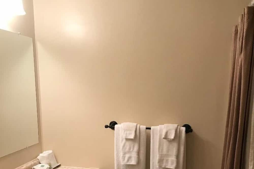 Pokoj typu Deluxe, 2 dvojlůžka (180 cm) - Koupelna