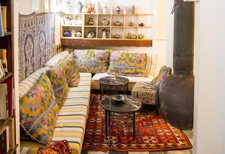 Bayt Alice, Tangier, Lobby Sitting Area