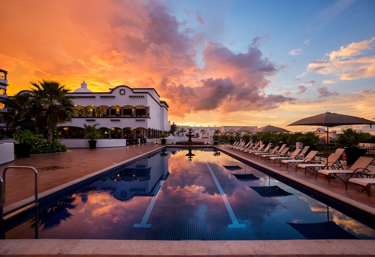 Grand Residences Riviera Cancun, Puerto Morelos, Baseinas