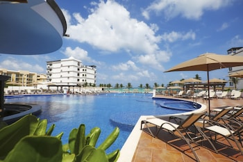 Picture of Grand Residences Riviera Cancun in Puerto Morelos