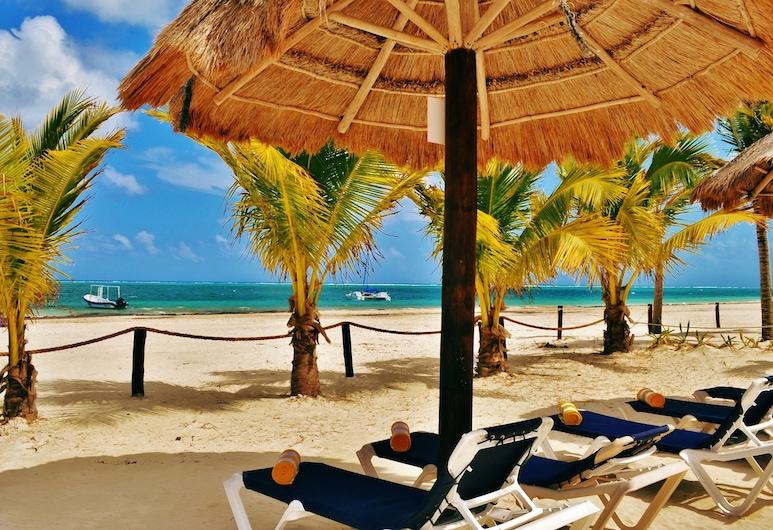 Hotel Arrecifes Suites, פוארטו מורלוס