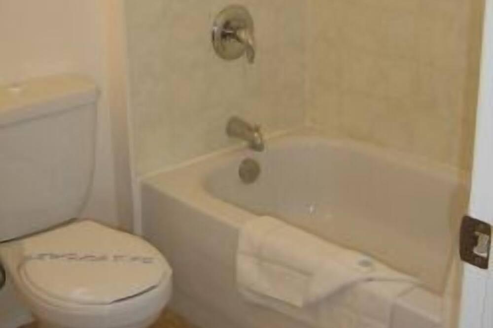 Deluxe-sviitti, 1 makuuhuone, Keittiö - Kylpyhuone