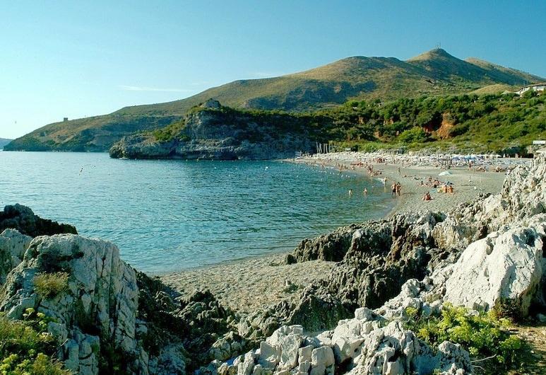 Happy Village, Camerota, Beach