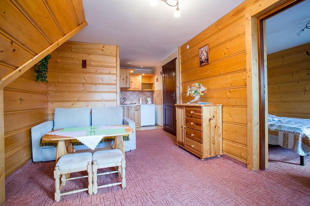Apartament, Łóżko queen i sofa - Powierzchnia mieszkalna