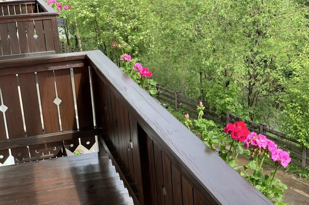 Traditional Apartment - Balcony