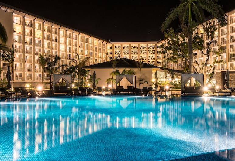 Royalton White Sands Resort & Spa All Inclusive, Falmouth, Blick vom Hotel