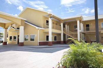 Foto di Days Inn & Suites by Wyndham Gonzales a Gonzales