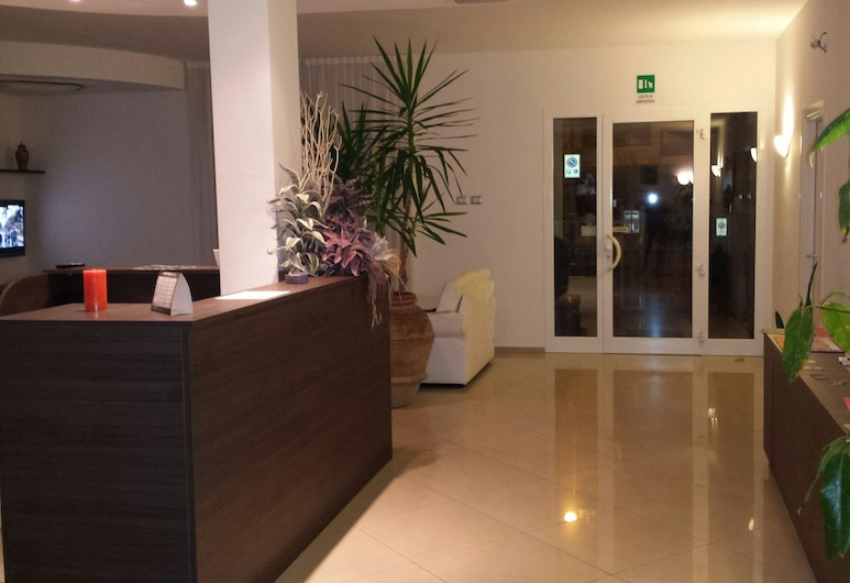 Residence Alba, Riccione, Ingresso interno