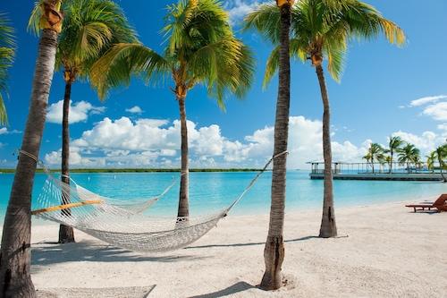 藍色避風港度假村