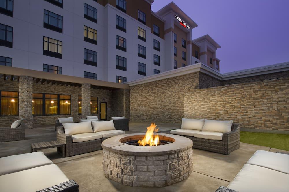 Courtyard by Marriott Dallas DFW Airport North/Grapevine