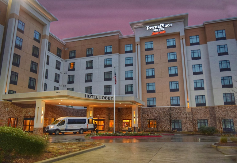 TownePlace Suites by Marriott Dallas DFW Airport N/Grapevine, Grapevine, Hotellfasad - kväll