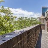 Superior Townhome - 1 queensize-säng - utsikt mot innergården - Balkong