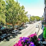 Trippelrum - utsikt mot staden - Balkong