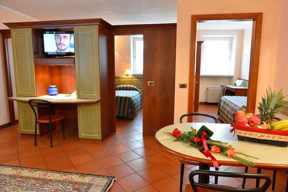 Apartmán, 2 ložnice (for five people) - Stravování na pokoji