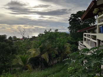 Picture of Hotel La Colina in Manuel Antonio